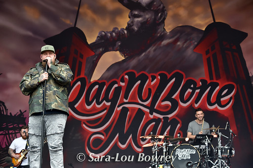 Rag'n' Bone Man Glastonbury 2017