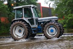 IMG_0483 (Yorkshire Pics) Tags: 1006 10062017 10thjune 10thjune2017 newbyhalltractorfestival ripon marchofthetractors marchofthetractors2017 ford fordcrossing river rivercrossing tractor tractors farmingequipment farmmachinery agriculture yorkshire northyorkshire