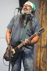 Alvin Youngblood Hart's Muscle Theory (2017) 02 (KM's Live Music shots) Tags: blues rockmusic unitedstates alvinyoungbloodhart spiritguitar epiphoneguitar electricguitar guitar harmonica neworleansjazzheritagefestival bluestent fairgroundsracecourseneworleans
