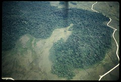 01-Chimbu Province from the air, PNG, 1978 ((π)) Tags: png papuanewguinea gembogi singsing newguineahighlands highlands mountwilhelm chimbu chimbuprovince chimbuvalley 1978