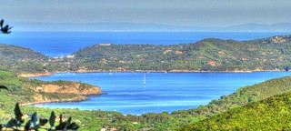 * Isola d'Elba: vista panotamica da un promontorio * Panoramic view from a headland *  (In Explore)