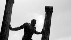 HERCULES CEUTA (davidmartinezcarpintero) Tags: hercules columnas ceuta estatua blancoynegro blackandwhite spain