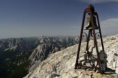 Ring the bell!(explore) (matteo.buriola) Tags: veneto alpi sappada monte peralba campana bell summmit landscape panorama mountains top nikon d3100 trekking hiking