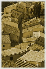 (Jean-Luc Léopoldi) Tags: village toits rooftops sépia plongée provence