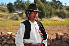 PER_3620.jpg (ro_mac) Tags: proud folklore tradition titikaka insel titicaca island bürgermeister mayor taquile puno peru