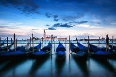 Blue Hour 3 (ddaugenblick) Tags: venedig venezia venice wasser water san giorgio maggiore gondel gondola