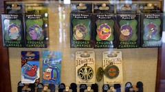 Disneyland Visit 2017-07-09 - Downtown Disney - Disney's Pin Traders (drj1828) Tags: disneyland visit 2017 downtowndisney disneyspintraders