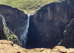 A little bit of wind... (Hans van der Boom) Tags: holiday vacation travel sawadee zuidafrika southafrica lesotho maseru semonkong maletsunyanefalls waterfall mountains smonkong lso