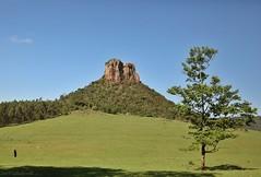 Morro do Cuscuzeiro - Analândia - SP (Bert'sPhotos) Tags: morrodocuscuzeiro elevaçãorochosa formaçãorochosa formaçãorochosavertical analândia sp paisagem picodeescalada