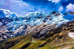 Glacier and laguna views at the top of Punta Olimpica pass.