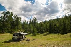 Relax nei boschi-6 ( YariGhidone ) Tags: rosso cesana lago nero claviere monti della luna van life vanlife campe furgone vita avventure adventure campfire camping wildlife wild camper