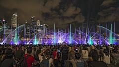 Marina Bay Sands - Spectra Light & Water Show (gintks) Tags: gintaygintks gintks singaporetourismboard marinabaysands marinabayfinancialcentre mbseventplaza eventplaza bayfronteventspace marinabay fountain light spectra yoursingapore exploresingapore marinabaysingapore