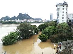 Liuzhou/柳州 20170702_175541 (Petr Novák (新彼得)) Tags: 洪水 水 flood water river city 城市 河 柳江 中国 china čína 广西 guangxi 亚洲 asia asie 柳州 liuzhou