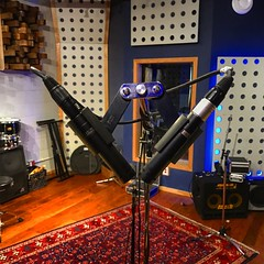 Cross Mic's at a Crossroad (Pennan_Brae) Tags: musician musicphotography microphones soundengineering musicproduction soundengineer musicproducer music recordingstudio mic musicstudio recording microphone