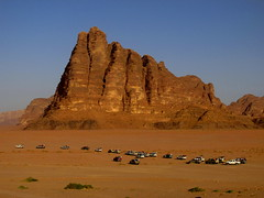 117.Wadi Rum Seven Pillars of Wisdom with 4x4 safari setting off... (Scubatrack) Tags: jordan railways hejez wadirum