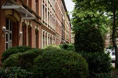 Lebensraum (grapfapan) Tags: altbau wohngebiet livingspace wohnhaus germany thüringen erfurt
