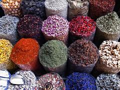 Spicy (Rita Eberle-Wessner) Tags: dubai vea emirates spice souk spicesouk spices gewürze souq spicesouq gewürzsouk colors colours colourful colorful markt market altstadt