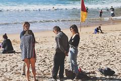 Family meeting (geemuses) Tags: manly manlybeach nsw newsouthwales australia beach beaches sand water ocean sea bird pigeon people couple street streetphoto black white blackandwhite bandw bw women men