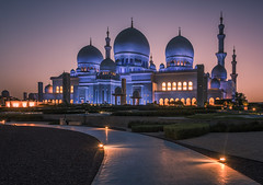 Zheikh Zayed grand mosque (urbanexpl0rer) Tags: sheikhzayedgrandmosque grandmosque abudhabi architecture morning nopeople sunrise mosque