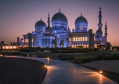 Zheikh Zayed grand mosque (reinaroundtheglobe) Tags: sheikhzayedgrandmosque grandmosque abudhabi architecture morning nopeople sunrise mosque