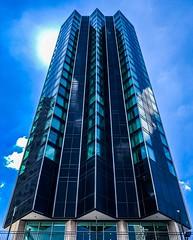 Hotel Pontchartrain (Will-Jensen-2020) Tags: michigan detroit pontchartrain hotel glass curtainwall skyscaper 1965 crownplaza blue sun light clouds city sky modernism architecture