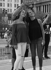 No. 1 - Downtown Chicago - 15 Jun 2017 - 80D - 103 (Andre's Street Photography) Tags: chicago15jun201780d monochrome urban loop chitown downtown millenniumpark girls filles camera picture selfie posing street straat straatfotografie straatportret streetportrait streetphotography smiles chicago people city humans taking photo fotografiadistrada strasse strada lacalle larue photobyandrevanvegten blackandwhite bw bwphotography zwartwit schwarzweiss noiretblanc blancoynegro america illinois us vs chicagoist chicagojournal chicagotribune chicagomagazine dedicatedtodianearbus robert franks world vivianmaiersstyle streetphotographyforum canon eos 80d zoom zoomlens efs1855mmstm candid shot tourists tourism touristattreaction human behaviour young women ladies