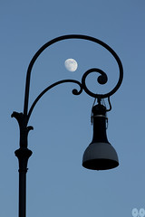 An Evening PoC (occhi0x0cchio) Tags: watermark sky urban black blue gray evening street rome smooth lamp metal moon