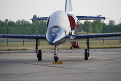 L39 - Patrouille Sparflex (pgauti) Tags: l39 albatros l39albatros patrouille sparflex airshow ba113 saintdizier avgeek jet aviation avion airplane lumix lumixgx8 panasonic 43 14140