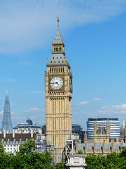 Big Ben (Kombizz) Tags: 1190789 kombizz 080717 july2017 bigben architecture building tower elizabethtower clocktower gothicrevival charlesbarry augustuspugin cityofwestminster trees rooftops