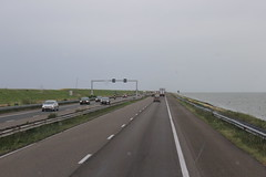 Afsluitdijk, the A7 motorway to Fryslân (Davydutchy) Tags: afsluitdijk ôfslútdyk closure dam zuiderzee zuyder sea zee ijsselmeer waddenzee noordzee northsea dijk deich dike a7 e22 motorway sluice denoever stevin lock sluis sluizen schleuse renovatie renovation highway snelweg autobahn cornelislely lely ingenieur civil engineer june 2017