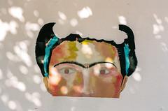 12610001 (alexdotbarber) Tags: 1125 35mm acapulco c41 frida fridakahlo kahlo kahloboutique kodakportra160 mexico voigtlanderbessar3a voigtlandernoktonclassic40mmf14 analog analogphotography color colornegative f8 mural rangefinder