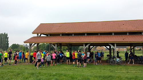 Longrun Meadow parkrun 189 2017-05-06 09:31:37 barn after finish