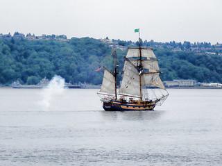 Hawaiian Chieftain sets off  cannon