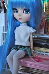 miku (kimberly °(ᵔᴥᵔ)°) Tags: pullip pullips doll dolls vocaloid hatsune miku custom customized modified blue hair wig kawaii