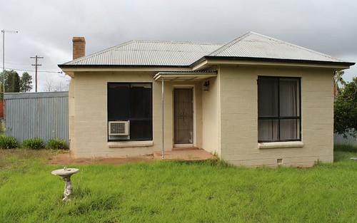 85 Railway Pde, Henty NSW 2658