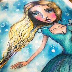 Guess the Disney princess! :) and, join us on #everafter2017 if you want to create fairy tale inspired art too! Join here: bit.ly/TamEA2017 #tamfb #fairytaleart #mixedmedia #artjournal #artistsofinstagram