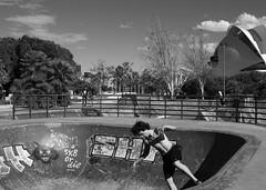 IMG_4531 (MariaCafagna) Tags: valencia espana spain skate skater blackandwhite bn boy