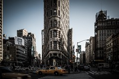 A Flat scene (steff808) Tags: usa unitedstates eeuu estadosunidos etatsunis nikond600 nikon2485 nyc newyork nuevayork flatiron flatironbuilding