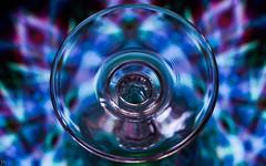 Bottoms Up - Macro Mondays MM (ΨᗩSᗰIᘉᗴ HᗴᘉS +20 000 000 thx) Tags: bottomsup macromondays mm hmm macro blue verre cristal fond glass crystal bleu hensyasmine