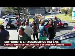 Ladrão faz motorista e passageiros de ônibus reféns (portalminas) Tags: ladrão faz motorista e passageiros de ônibus reféns
