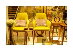 Schaufenster (Fujigraf) Tags: leipzig einkaufen schaufenster deko material stuhl tisch teuer nobel stil