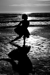 Dancing in the Light - Steffi Carter (Kent Freeman) Tags: steffi carter urban ballet canon eos 5d mark iii ef 85mm f18 usm oceanside california sunset sun set black white monochrome