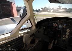 Left side clear (Antônio A. Huergo de Carvalho) Tags: embraer emb121 emb121a xingu xingú xinguii ptmbb cockpit panel painel flightdeck
