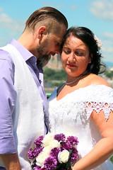 IMG_6988 (quebecman) Tags: wedding mariage couple amour amoureux robe dress white portrait purple mauve fleur flower love