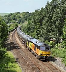 Colas 60 At Horsfall Tunnel West. (Neil Harvey 156) Tags: railway 60047 horsfallviaduct horsfalltunnel todmorden caldervalley prestondockstanks prestontanks bitumentanks 6e32 class60 colasrail colas tug