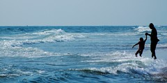 The Protective Hands (Harsh Mangal`) Tags: marinabeach india chennai tamilnadu harshmangal beach ocean indiawavesmorningstrongwavesbayofbengal kid child father fatherson