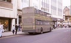 Nottingham CT 383, Smithy Row, Nottingham, 1989 (Lady Wulfrun) Tags: nottinghamcitytransport 383 f383gvo smithyrow nottingham march 1989 nct leylandlion eastlancs bus street hornes