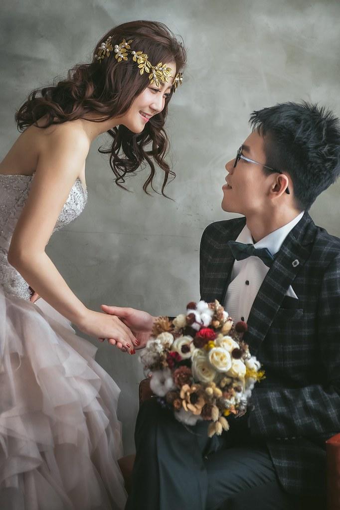 【婚紗】佳峪 & 彥靈 / Bellavita(貴婦百貨) / 龍鳳谷 / 黑森林