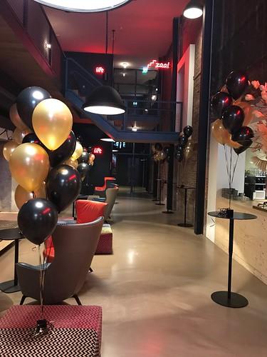 Tafeldecoratie 5ballonnen Oude Luxor Theater Voorstelling Mini en Maxi