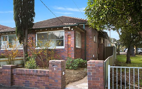 5 Hollands Av, Marrickville NSW 2204